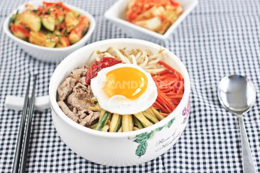 Hấp dẫn cơm trộn Hàn Quốc - Bibibap