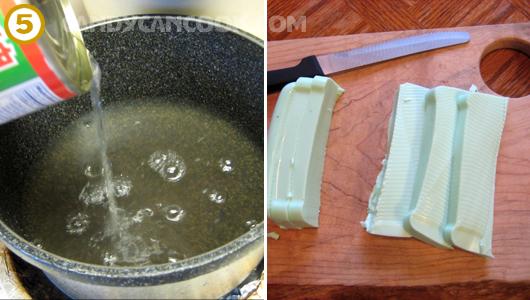 Đun nước đường và cắt thạch chuẩn bị ăn thôi ;)
