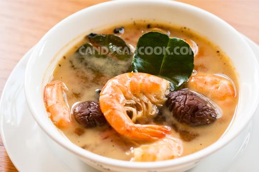 Tom Yum Goong - Canh tôm chua Thái