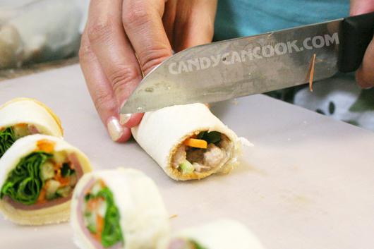 Cắt bánh mỳ sushi