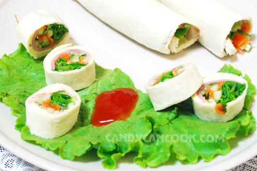 Lạ mắt với bánh mỳ sushi