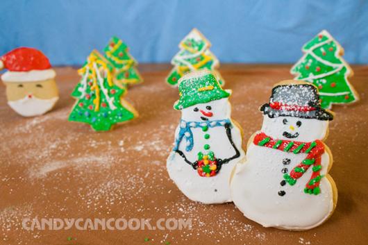 Hãy cùng sáng tạo và trang trí bánh quy sugar cookies cho Noel này nhé ;)