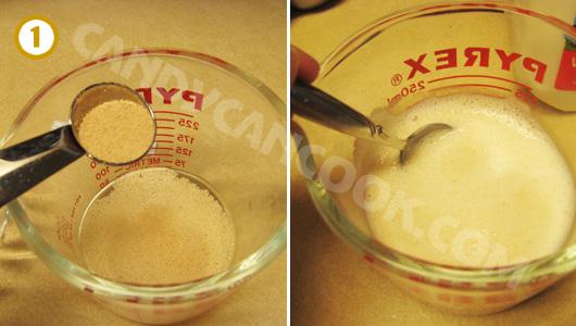 Kích hoạt men nở (yeast) bằng nước âm ấm và đường