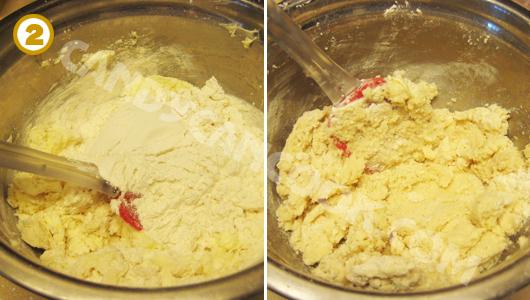 Chia bột ra thành phần nhỏ rồi trộn với bơ cho tới khi tạo thành cục bột
