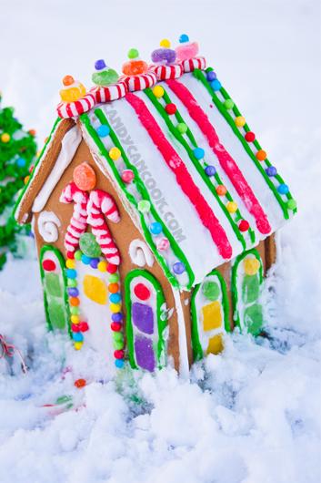 Căn nhà màu sắc làm ấm áp trong những ngày tuyết lạnh