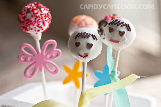 Mặc sức tưởng tượng với cake pops