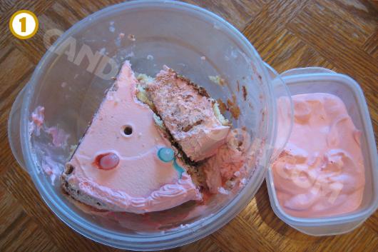 Bánh sinh nhật còn dư dùng để làm cake pops