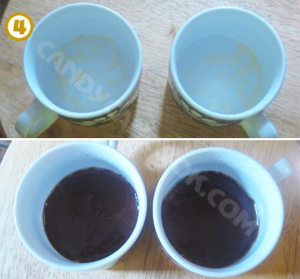 Chuẩn bị cốc rồi đổ hỗn hợp bột vào hai cốc