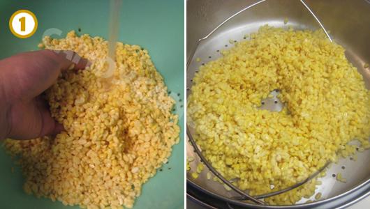 Rửa đậu xanh và để ráo rồi trộn với muối và hấp chín