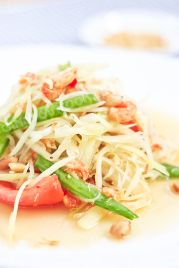 Som Tum Thai có đầy đủ các hương vị của cuộc sống