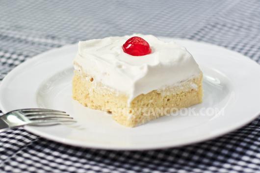 Mát lạnh, béo ngậy là Tres Leches Cake