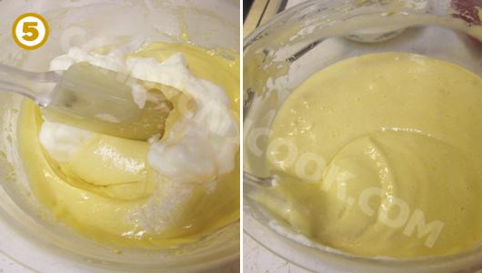 Cẩn thận trộn lòng trắng trứng với hỗn hợp bột để giữ được nhiều bọt khí
