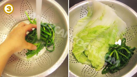 Trần sơ qua cải thảo (bắp cải) và hành xanh rồi rửa qua nước lạnh rồi để ráo