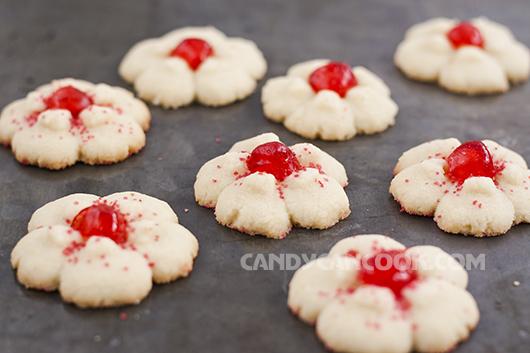 Những chiếc bánh Cookies Spritz hình hoa thật đáng yêu