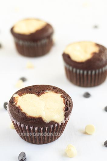 Trung thu ăn black bottom cupcakes thay cho bánh trung thu cũng tuyệt ^^