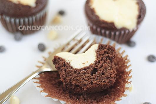 Black bottom cupcakes - cảnh báo gây nghiện cho người mê sô-cô-la và cream cheese