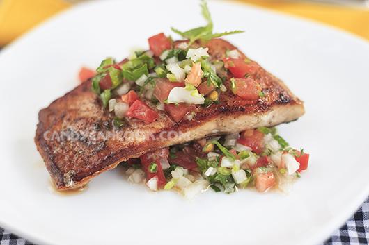 Salsa đơn giản nhưng tăng hương vị thơm ngon của cá hồi