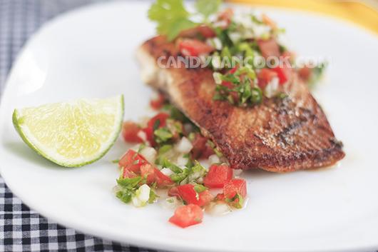Salsa - tên món ăn có nghĩa là sốt (sauce)