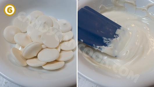 Làm chảy sô-cô-la trắng trong lò vi sóng