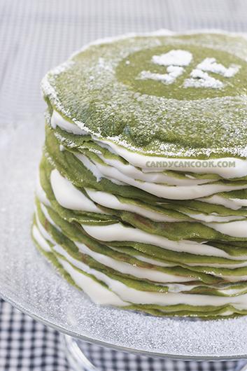 Bánh Matcha mille crepe với tổng cộng 20 lớp bánh crepe